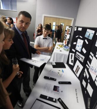 Future Business Magnates encourages enterprise skills linking schools and businesses